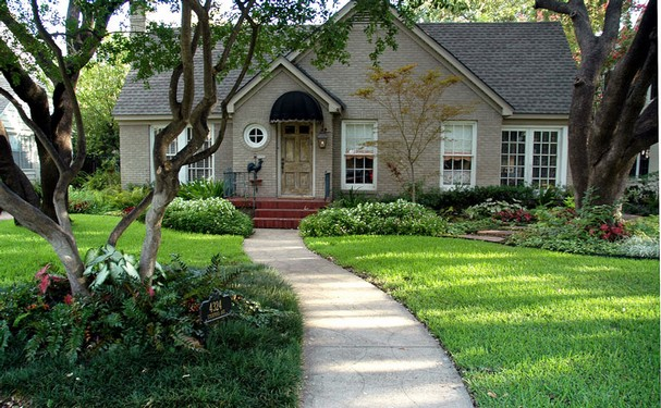 front yard landscaping houston